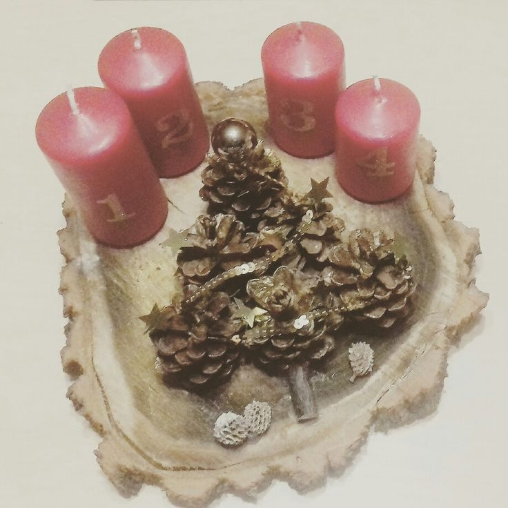 Pinecone advent red&gold
