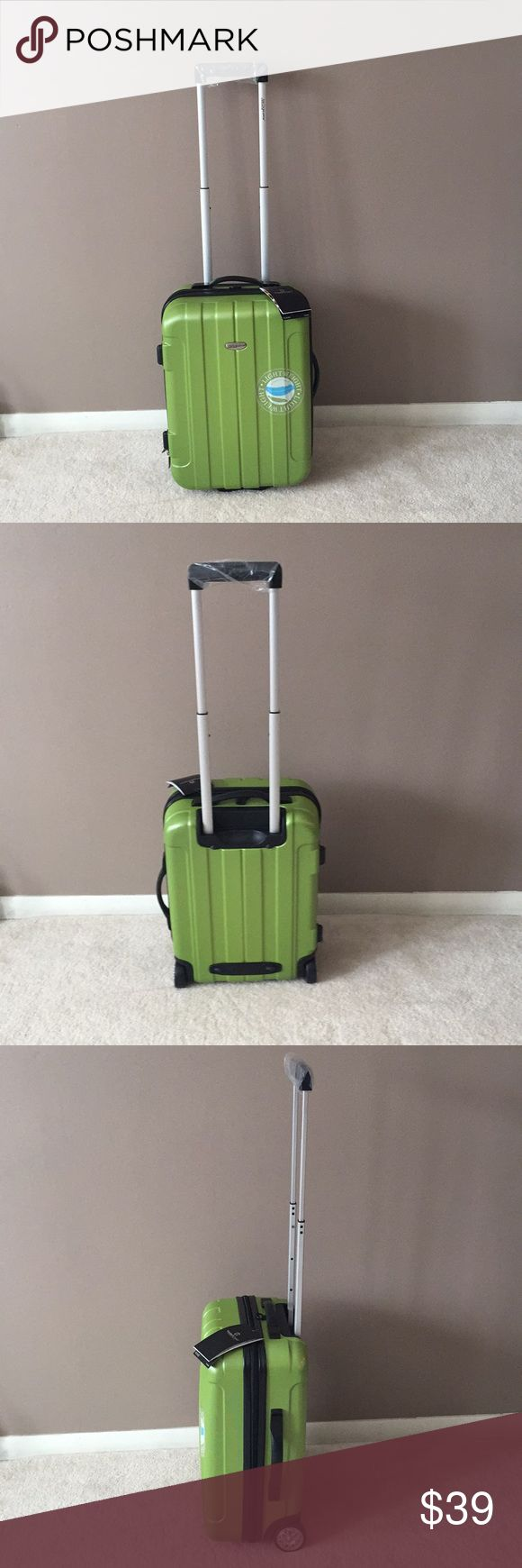 "NEW Green Traveler's Choice Carry On Luggage Green Traveler's Choice Carry On Luggage   New with tag!   Light weight 6.25 pounds Dimensions of 21"" Upright 21"" x 15"" x 8.5""  7"" wide internal push- button aluminum handle Traveler's Choice Bags Travel Bags"