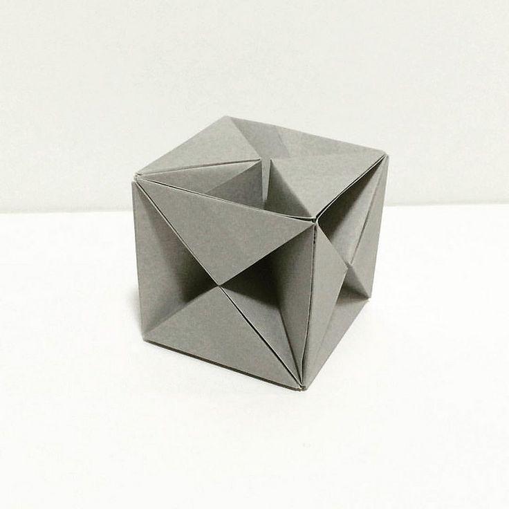立方体 1:sqrt2長方形6枚折り 創作:saku #折り紙作品 #折り紙 #ユニット折り紙   by sakusaku858