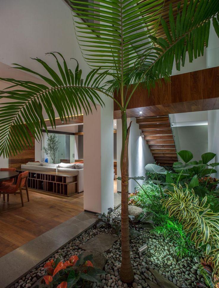 La Casa de los 5 Patios by Almazán Arquitectos Asociados (12)