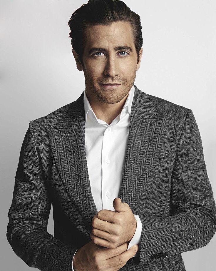 Jake Gyllenhaal posa para el número de febrero de GQ Australia