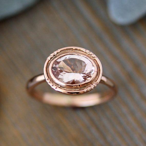 Morganite ovale 14k oro rosa anello di fidanzamento / / Vintage Halo anello Design / / femminile, Design moderno e delicato per la sposa moderna
