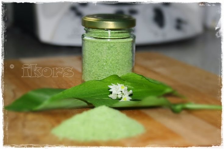Bärlauchsalz     100 g frischen Bärlauch    gut waschen und trocknen (Salatschleuder)     Blätter in Stücken in den Mixtopf geben     ...