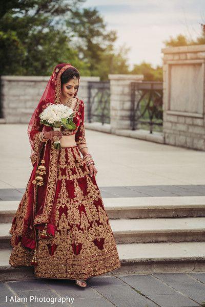 Ravishing indian bride wedding ceremony style