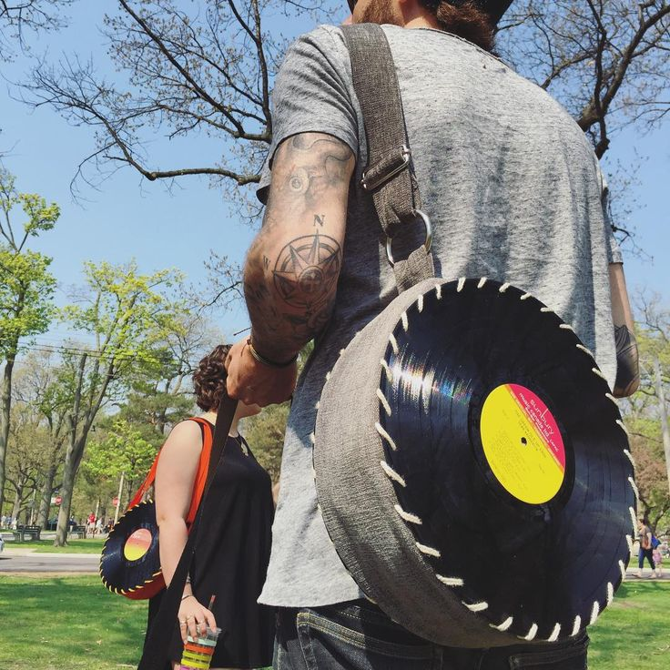 the silver songbag vinyl record bag