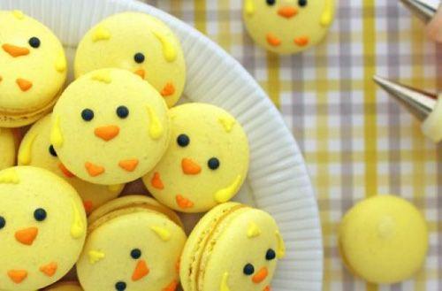 Order Easter macarons online