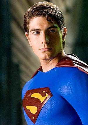 STEPHAN BENDER est un acteur américain né le 2 juin 1989 à Ava (Missouri). Connu pour son interprétation d'un jeune Clark Kent dans Superman Returns en 2006. Filmographie principale : -2008 Dream Boy de James Bolton.