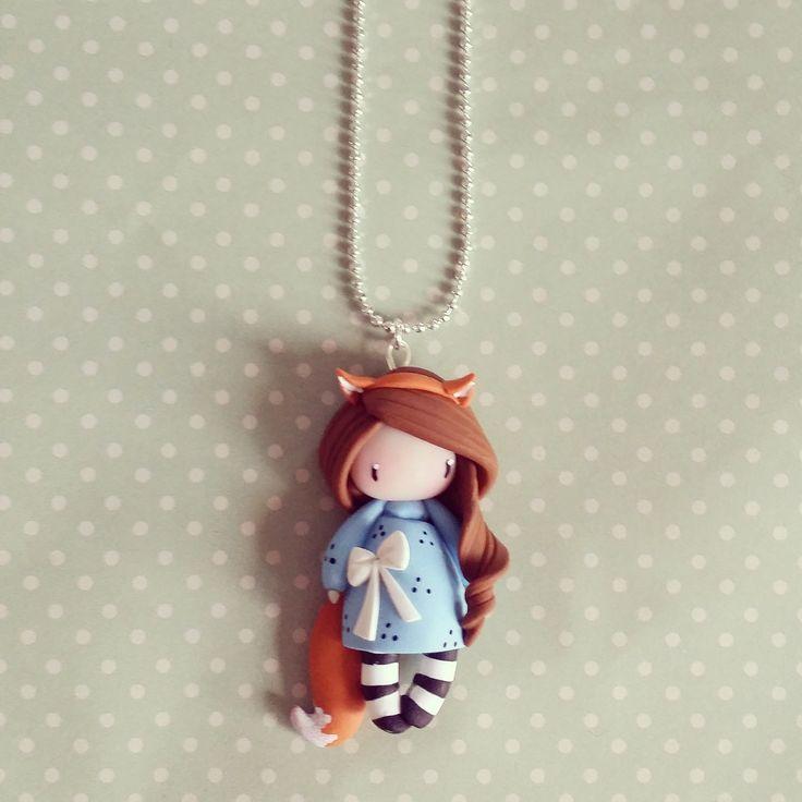 Collier Petite fille renard - châtain en bleu ciel : Collier par madame-manon