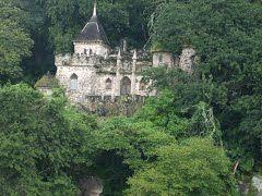 Castillo de Dorión a las orillas del Lago de Amatitlan Guatemala