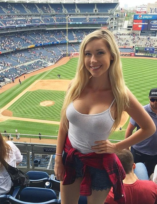 girl suck Sexy yankees