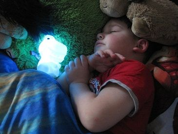 Awesome nightlights for toddlers (getting one for Vince)