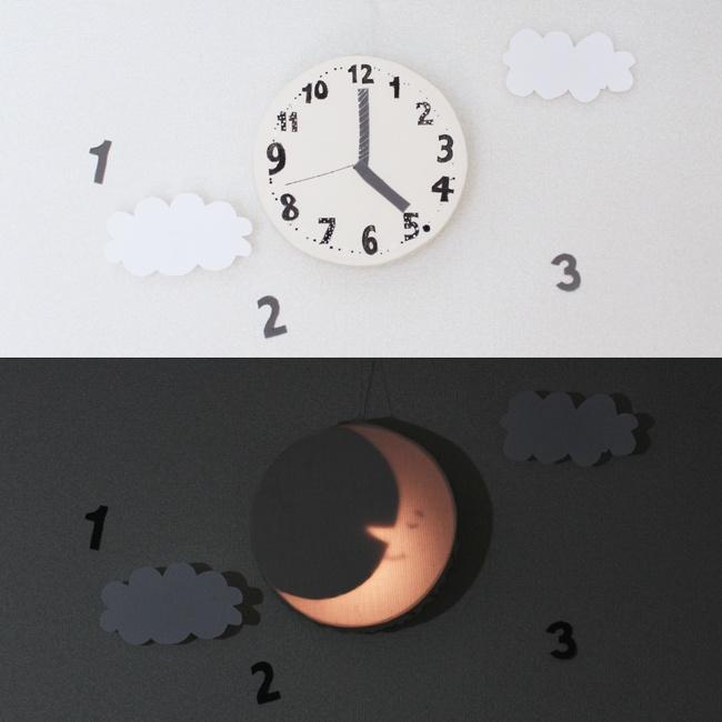 Moon Clock  http://fuki.petit.cc/