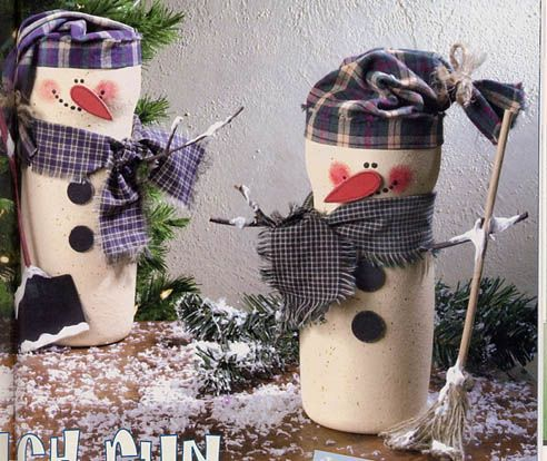 Coffee Creamer Container Snowmen! I will use these containers with sweater sleeves to make my snowmen