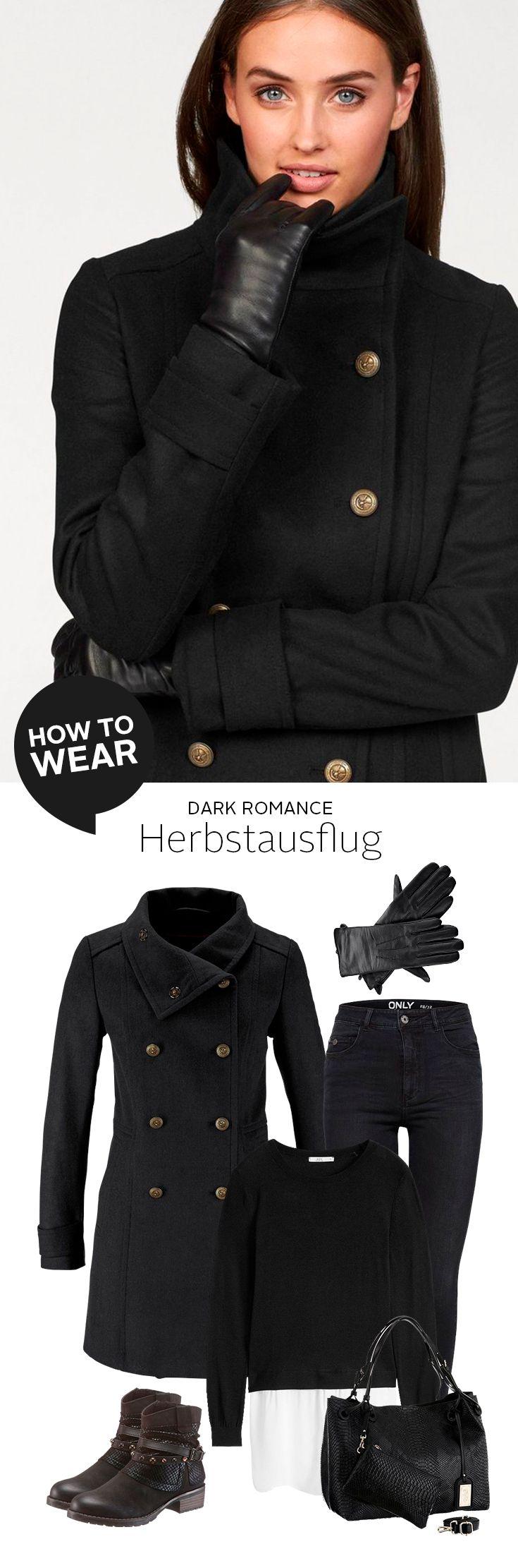 Für alle Grunge-Ladies und Liebhaberinnen des Dark Romance-Looks – dieses Outfit wird euch begeistern. Hauptsache schwarz: 2-in-1 Pulli, Skinny-fit und Boots, dazu elegante Handschuhe und die ultra-schicke Cabanjacke im Uniform-Style. Beeindruckend lässig!
