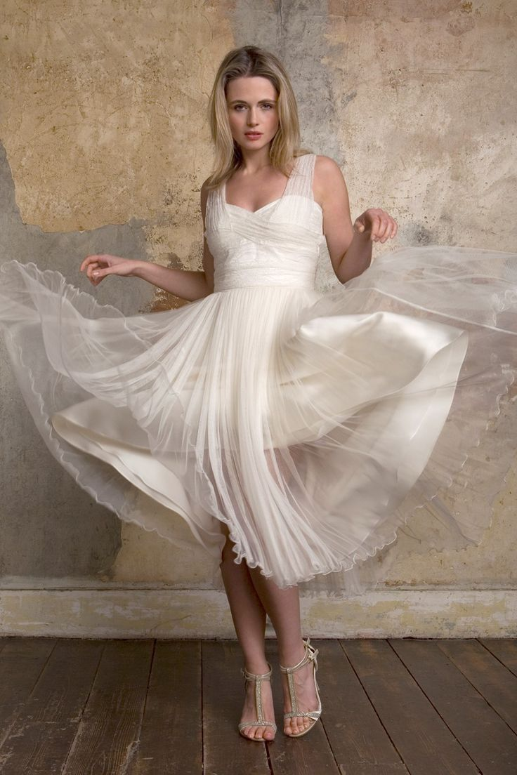 Lovely Romantic Vintage Wedding Dresses from Sally Lacock