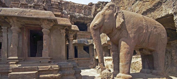 Aurangabad ajanta ellora travel operator local sight like Aurangabad Ajanta Ellora Caves Grishneshwar temple, Dualtabad fort, Aurangabad Mini Taj Mahal tour