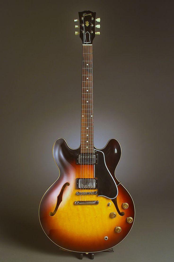 Gibson ES-335 Sunburst Guitar ... NICE!