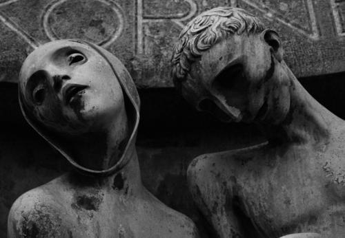 Adolf Wildt - Affetto nel dolore - Milano