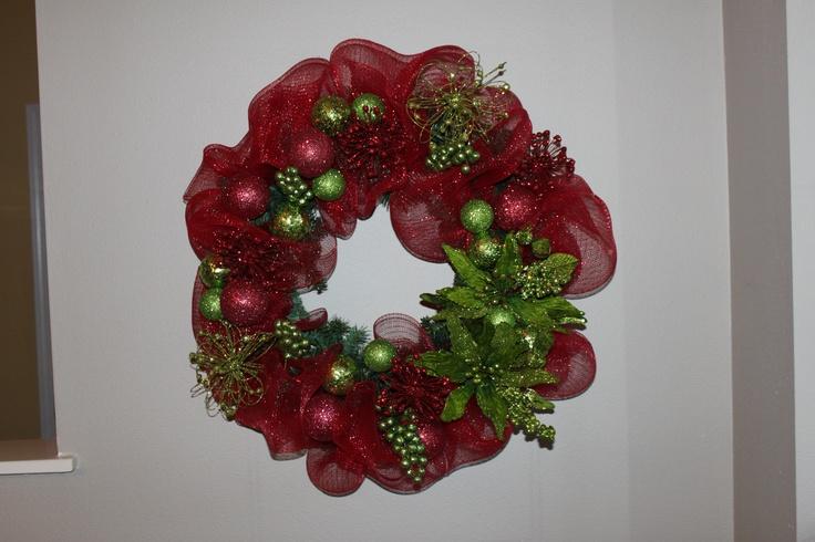 I just made my 1st deco mesh Christmas wreath!!!: Christmas Wreaths, 1St Deco, Christmas Gram, Mesh Christmas, Outdoor Decor, Deco Mesh