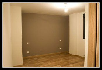 Paredes con pintura color marr n beige arena etc - Color vison paredes ...