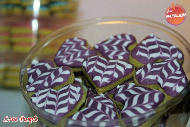 purple #cookies #kuekering #royalicing #sale #papajonfood