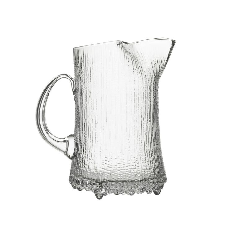 Year 2015 marked 100 years since the birth of Tapio Wirkkala. Wirkkala designed a significant proportion of his work for Iittala - the most famous being Ultima Thule. Inspired by the melting ice in La