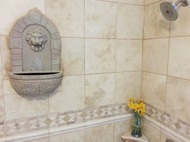 Beautiful Shower Design With An Old World Feel Thanks To The Warm Beige  Tones Of Authentic