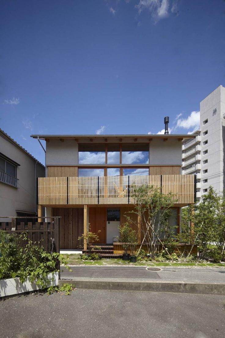 でんホーム株式会社が提案するのはゲストハウスとした都市に建つ住まいの形。典型的な都市の中で快適な空間を生むためのアイデア…