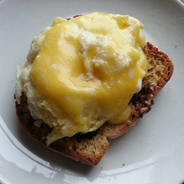 """Gooey Jerseyland Organics Gouda atop eggs on toast. Spectacular breaky #CdnCheese #simplepleasures www.allyouneedischeese.ca/simplepleasures"" - Goodlifevan"
