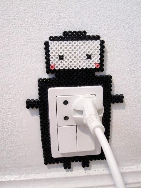 Robot Hama art by henriette nielsen.adorable. I'll have to make this for the light switch it the kids room.