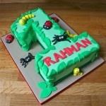 Number 1 bugs cake  www.thelittlevillagecakery.co.uk