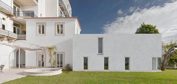 Portugal Townhouse by Manuel Aires Mateus | est living