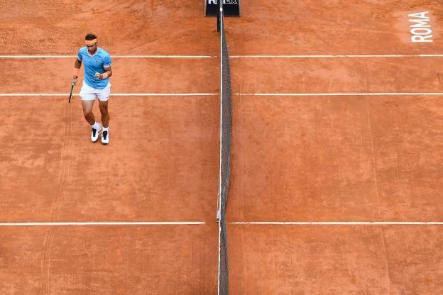 Rome Premier 6 0 Lors D Un Novak Djokovic Rafael Nadal Tennis Atp Rome Rome Tennis Premiers Sons
