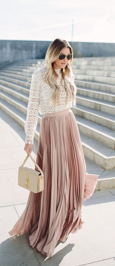 Pretty blush maxi pleated skirt look