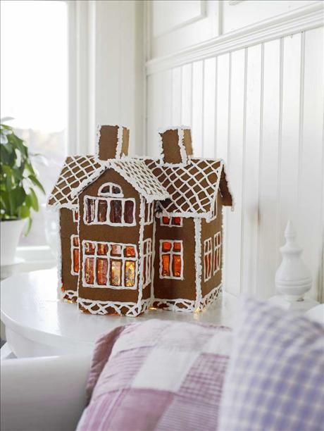 I am definitely making one of my house: Ginger Breads House, Sweet, Xmas, Stained Glasses Window, Jul, Holidays, Christmas Decor, Gingerbread Ideas, Gingerbread Houses