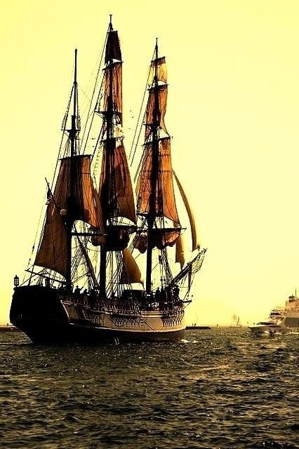 Pirate Ship!  I would like to be here in the captains cabin with Sean Bean...as his captive!