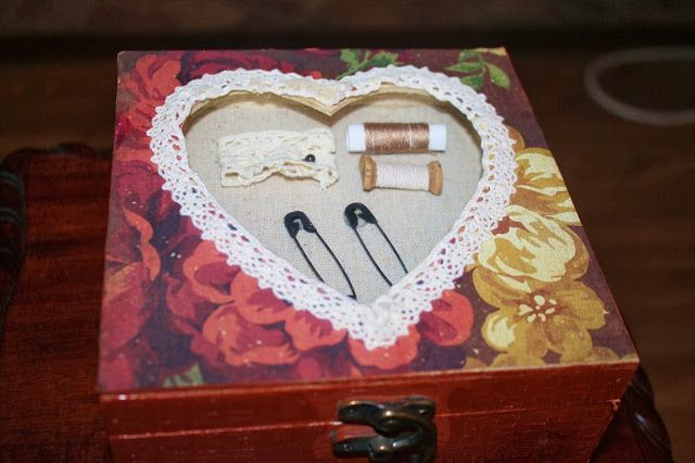 Heart sewing box