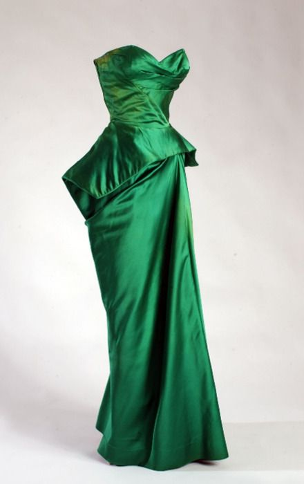 Charles James, emerald dress,1954. This is probably the same dress I saw at FIT museum.