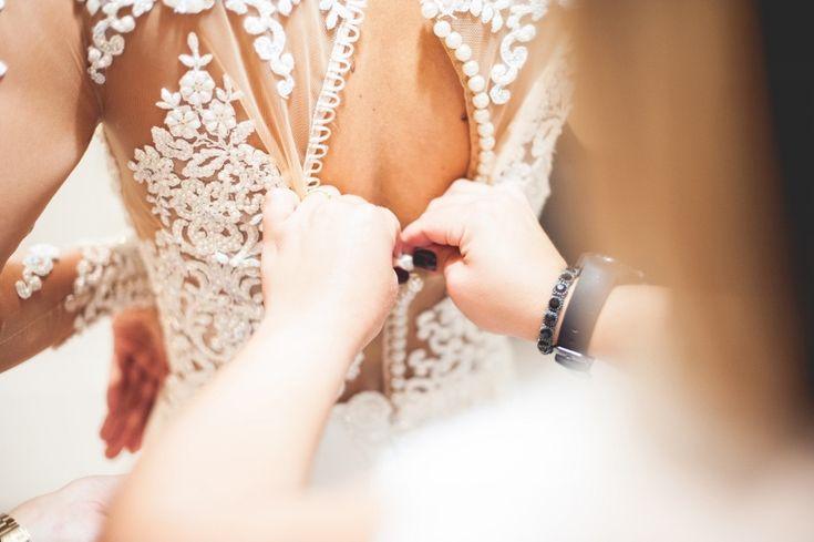 Casamento clássico: vestido de noiva rendado