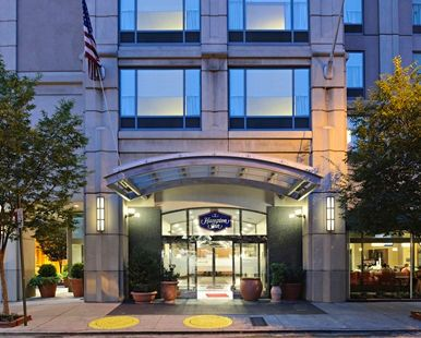 Hampton Inn Philadelphia Center City-Convention Center Hotel, PA - Hotel Front Entrance