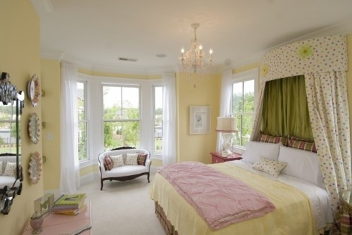 17 best ideas about pale yellow bedrooms on pinterest 12112 | 7bab378f54d3424506ef2a26fdb6efbe