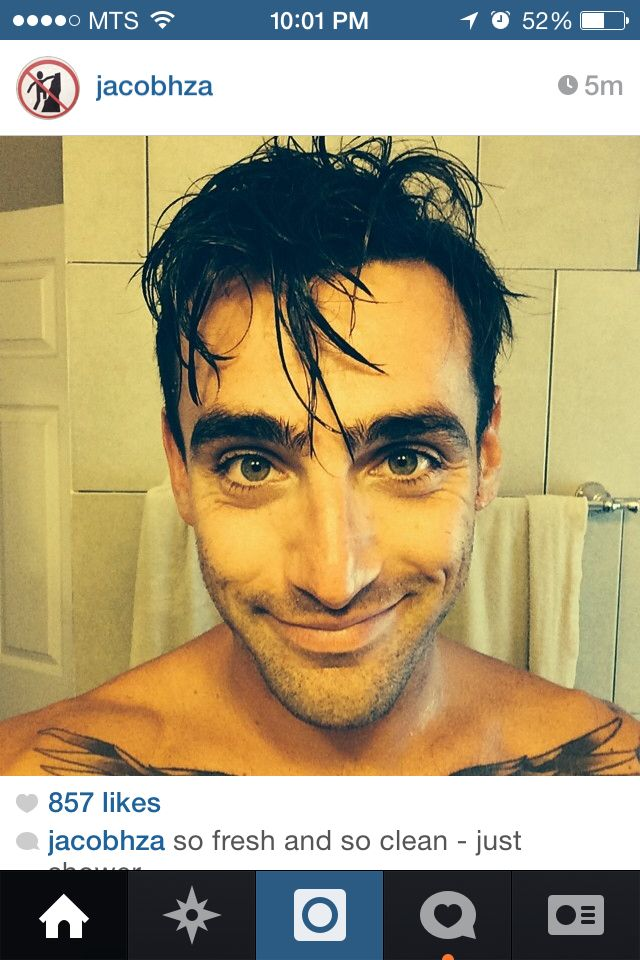 Jakes most recent selfie - fresh out if the shower!!
