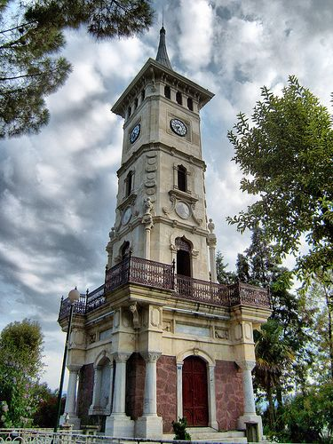 1876, Bahçecik - 28 Mayıs 1952; İstanbul  vefat .  20. yüzyılın başlarında İzmit saat kulesi (1900-1901)