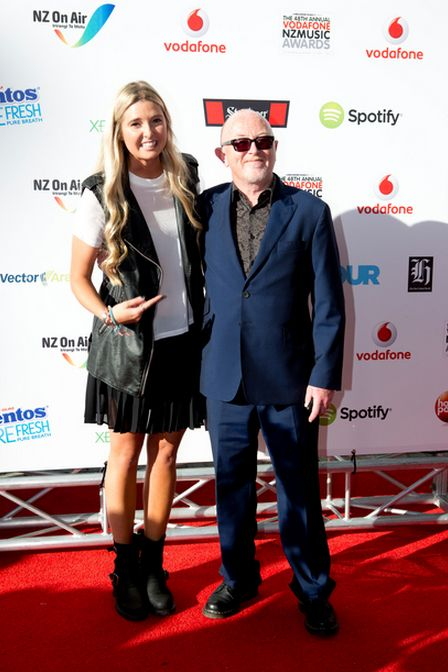Jamie McDell with Dave Dobbyn on the red carpet at VNZMA 2013