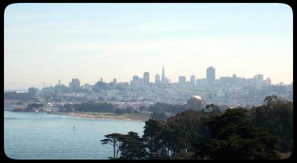 Golden Gate bridge city viewGolden Gate