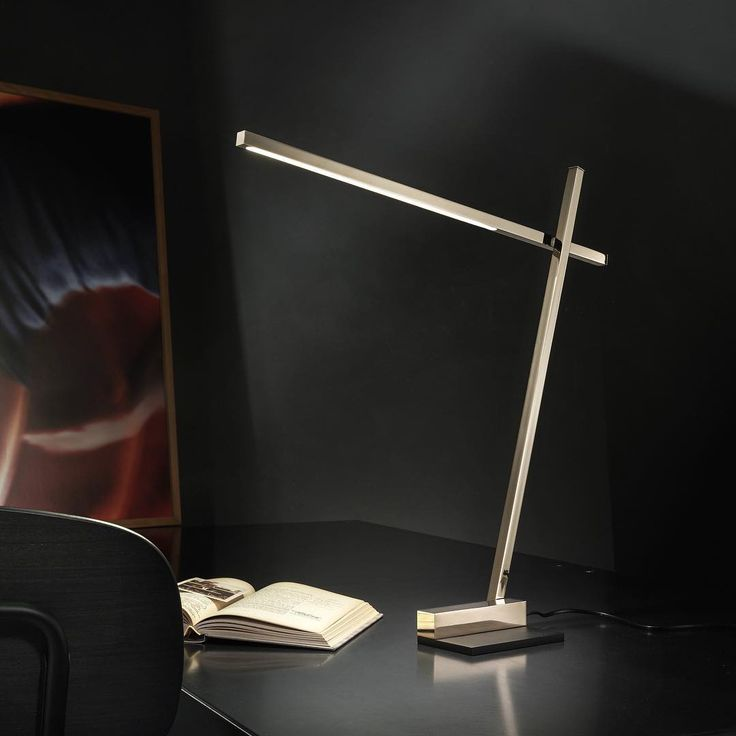 XY is a table lamp, modular with double direction adjustment #puraluce #reading