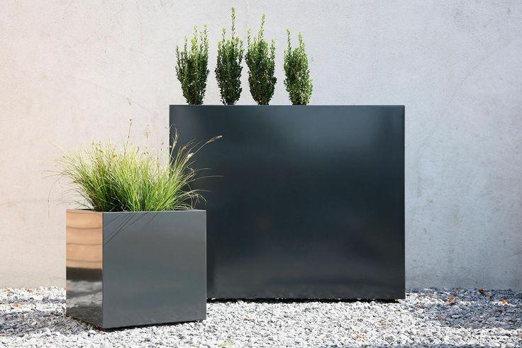 Flowerbox to ekskluzywne donice wykonane ze stali ocynkowanej.
