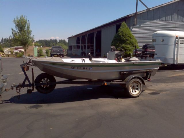 14 feet  1986 Almar free drifter Jet Boat  for sale in woodburn, OR