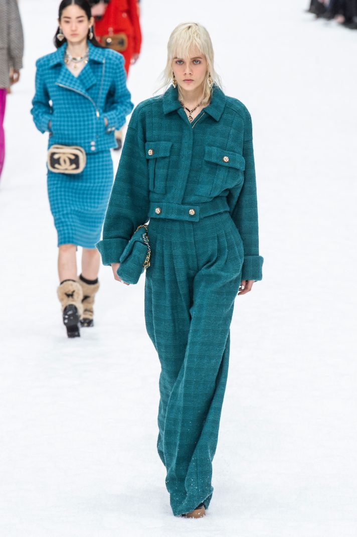 17 Must-See Looks from Karl Lagerfeld's Last Chanel Runway Show – Luxe and Louche