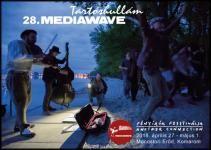 Több mint negyven izgalmas koncert, száznál is több film, kalandos közösségi programok - idén huszonnyolcadik alkalommal rendezik meg Magyarország egyik legszínesebb összművészeti kisfesztiválját, a Tartóshullám Mediawave Együttlétet - április 27. és május 1. között irány a Monostori Erőd!